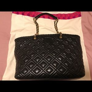 368cb3cb2ccd Tory Burch black leather tote bag